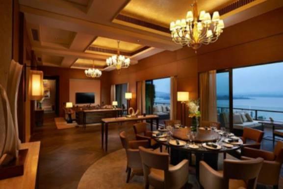 """世界唯一的八星酒店,耗资30亿,这次就不在""""土豪迪拜"""""""
