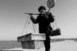 """30年前農村神秘""""賒刀人"""",預言早已成真,為啥卻不回來收錢?"""
