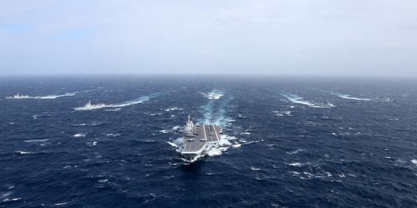 携36架歼-15三天到达指定作战水域 国产航母山东舰迅速形成战力?