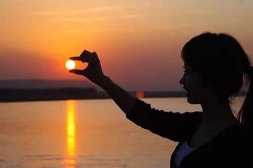 """曾国藩:自律的人生,从""""早起""""起头"""