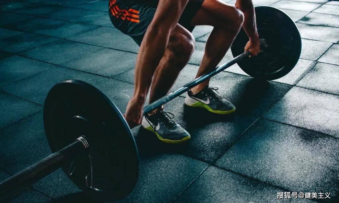 热身、拉伸通通到位,膝关节还是反复损伤,当心你的韧带!