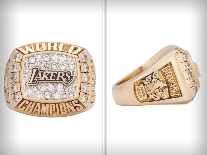 科比赠母亲冠军戒指被拍卖 成交价超过20万美元