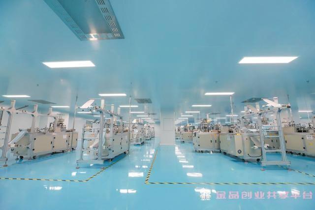 十万级净化口罩生产车间