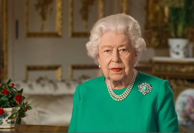 原创 英国女王的身家到底有多少?已大幅缩水,不及马化腾的十分之一