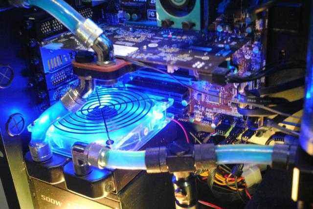 水冷散热系统,让电脑冰冰凉凉!