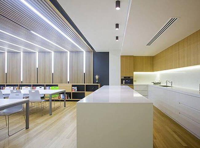 写字楼的灯光设计 只选择灯光是低级行为