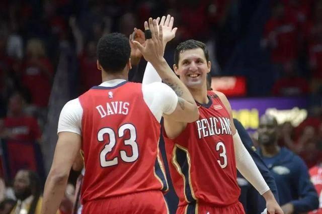 恭喜!迈克詹姆斯签下3年大合同,他场均21+4,在NBA无球可打