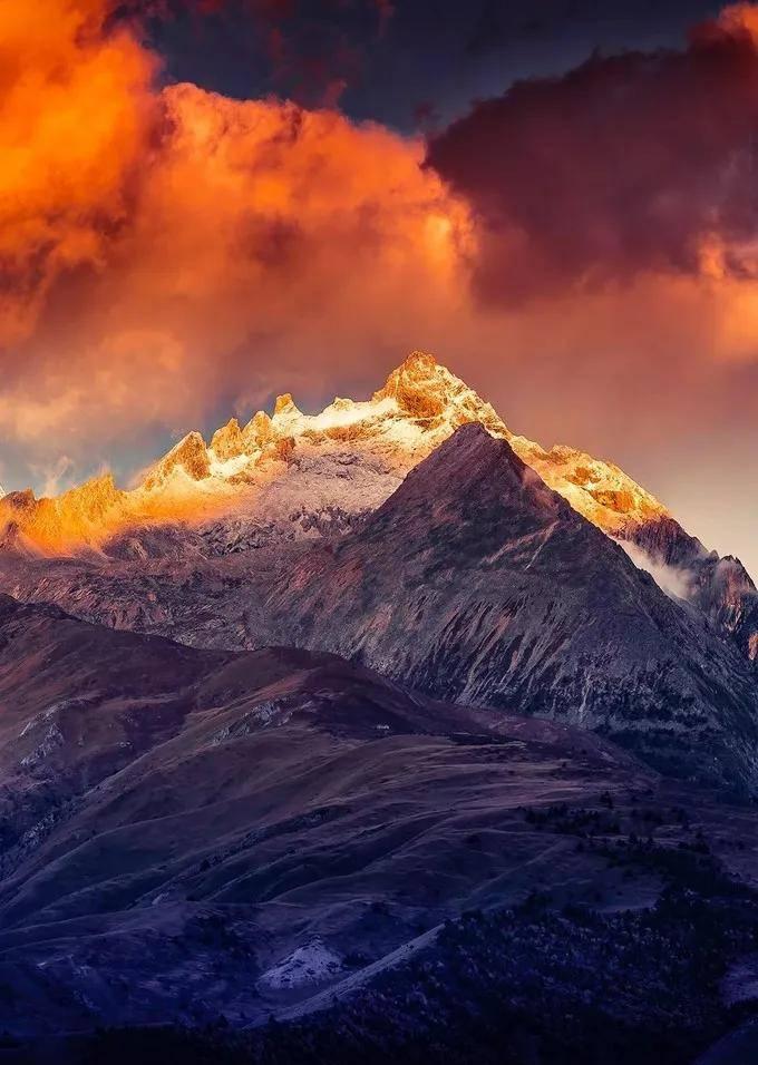 最后的香巴拉!格聂,让无数人魂牵梦绕的雪山秘境 思鹿旅行推荐