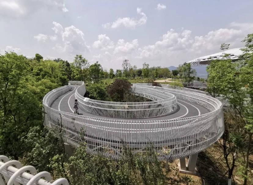 重庆又一网红公园,5G智慧科技覆盖,穿越未来式体验