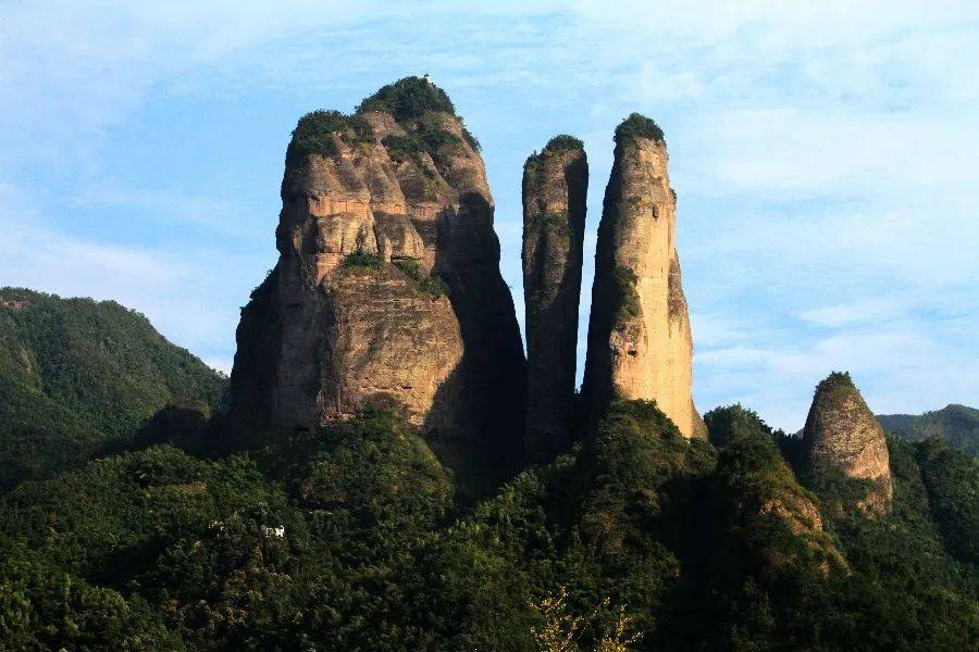 浙江江山:旅游景区日接待量超万人次旅游市场形势喜人