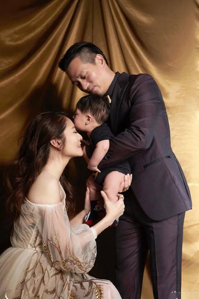 """安以轩喜提二胎,""""三年抱俩"""":顺产与剖腹产差别大"""