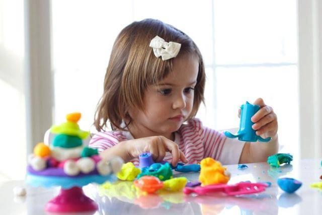 玩具大盘点,1岁内宝宝玩具怎么选?这些走心玩具娱乐成长两不误