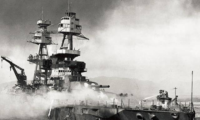 偷袭珍珠港美国损失_日军偷袭珍珠港,希特勒气的大骂日本天皇,而罗斯福却为何 ...