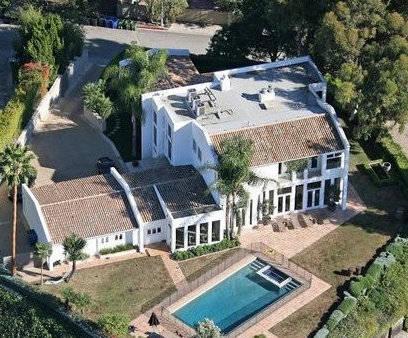 【马斯克豪宅以2900万美元价格出手:买家居然是丁磊】