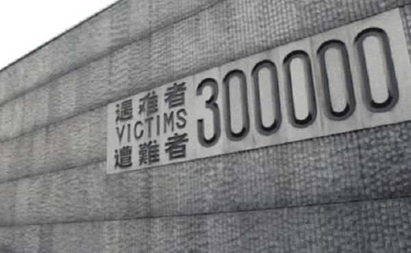 原创             日本记者:南京大屠杀30万人,你们数了吗?李连杰一句话霸气回怼