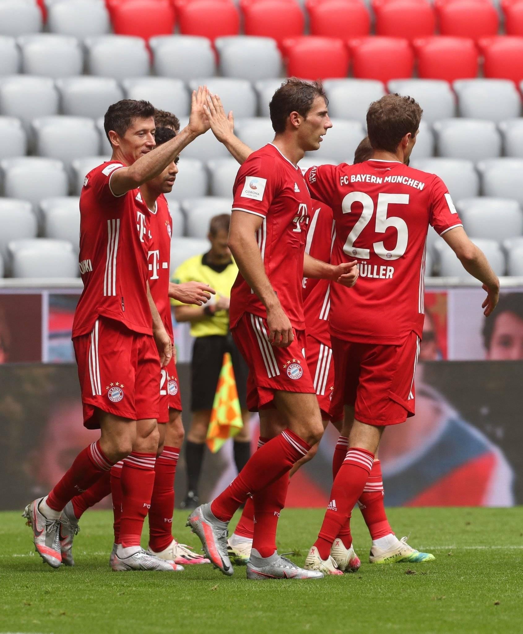 疯狂!一场3-1让欧洲最强锋霸打破历史纪录,成为金球奖最大热门