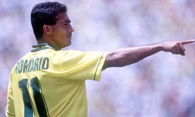 马拉多纳谈罗马里奥:我们国脚生涯晚期被淘汰,不耽误拯救国家队 国际新闻 第5张
