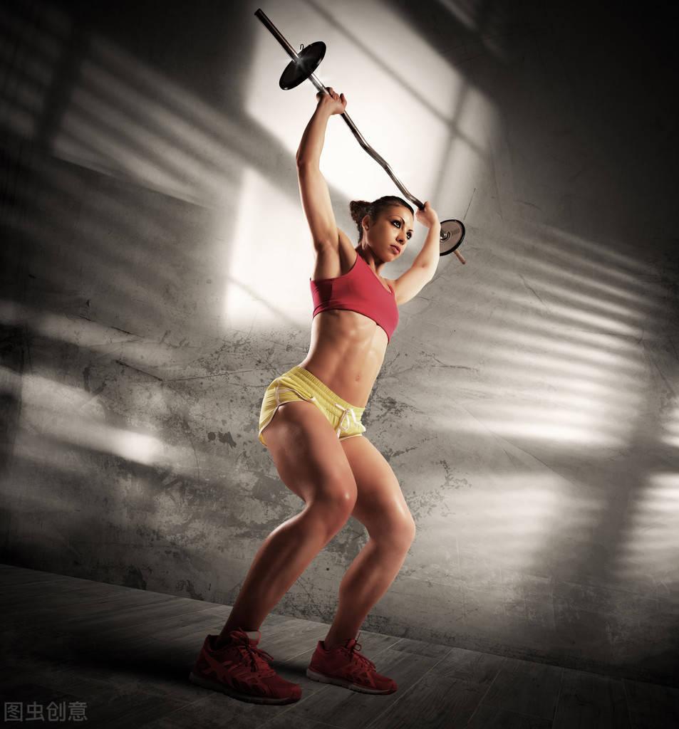长期坚持力量训练的女孩,身材曲线有多迷人?_肌肉 高级健身 第1张