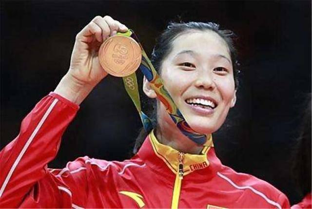 中国女排运动员,一个月工资是多少?说出答案网友表示不相信 国际新闻 第4张