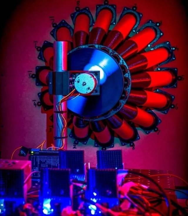 火中取栗?彭罗斯50年前的理论被证实,人类有望攫取黑洞的能量