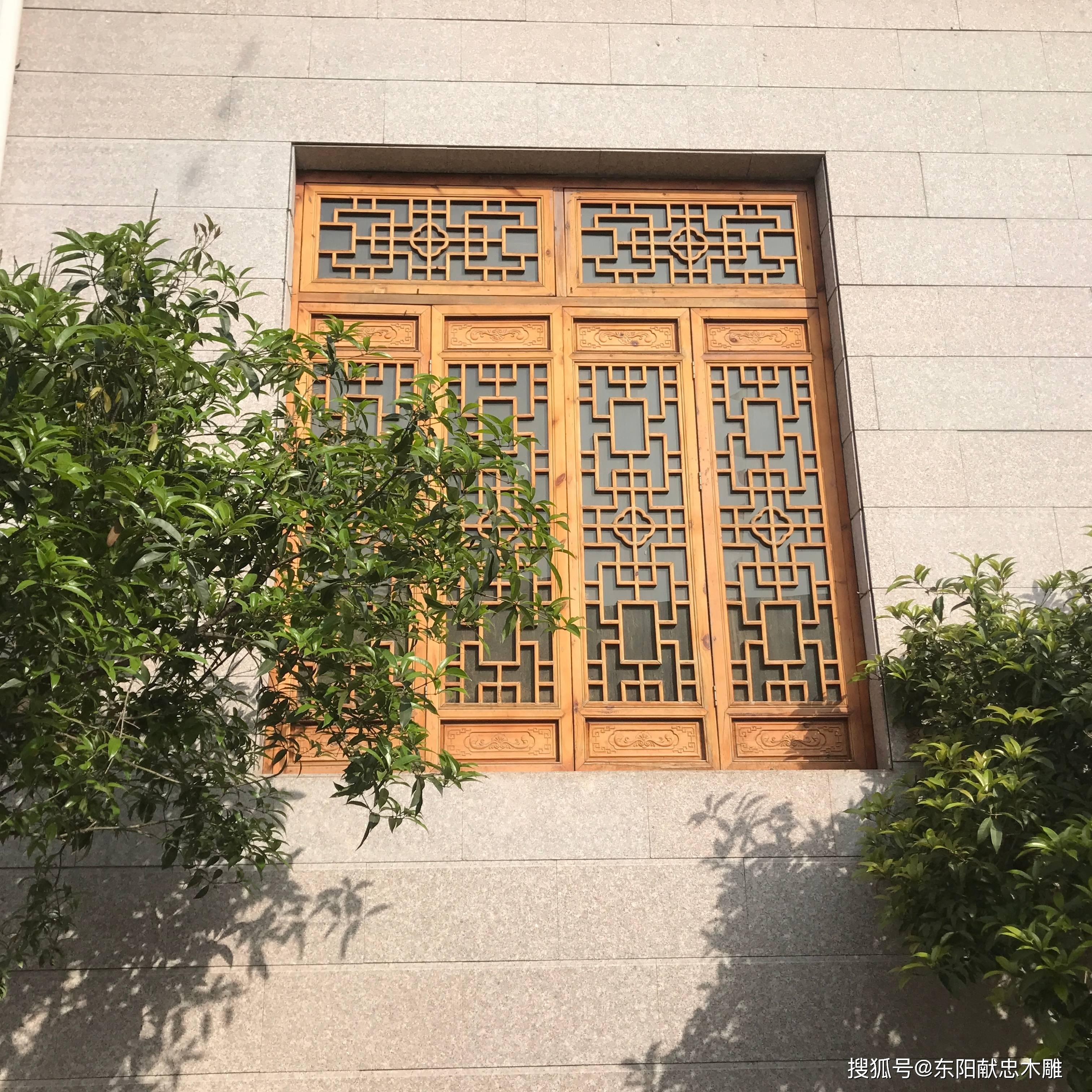 为什么春天要装仿古木雕门窗?