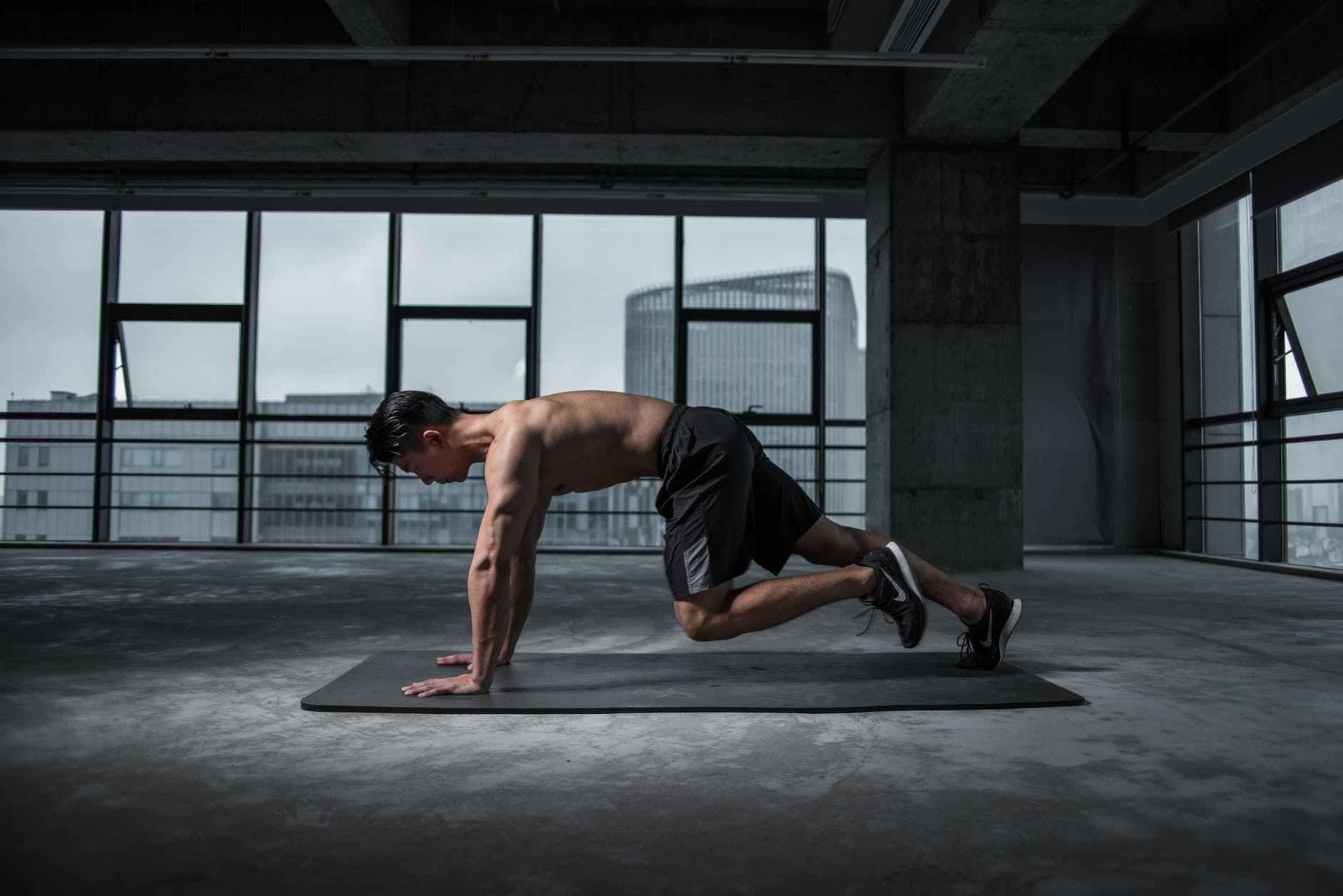 新手健身,先增肌还是先减脂,先有氧还是先力量?_训练 高级健身 第3张