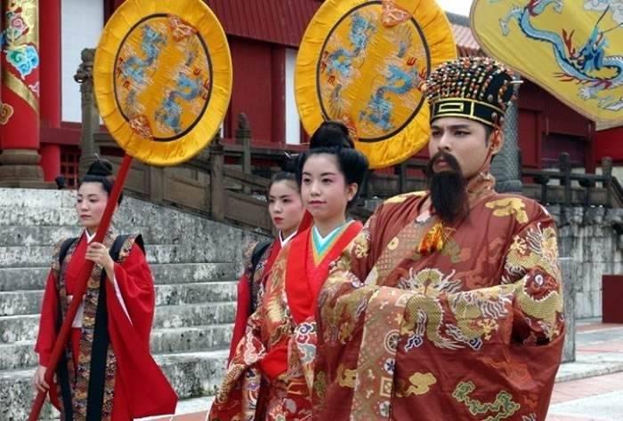 原创            琉球使臣在清宫门外痛哭、绝食继而挥剑自刎,清廷为何置之不理?