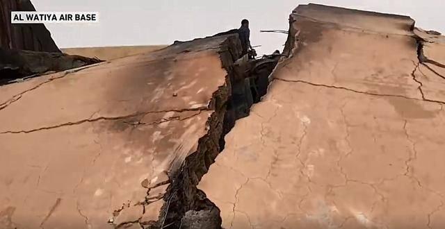 北非最大军事基地遭到9次精确空袭,雷达被完全摧毁