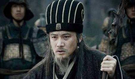 """诸葛号称卧龙,庞统是凤雏,而司马懿的外号更令人""""惧怕"""