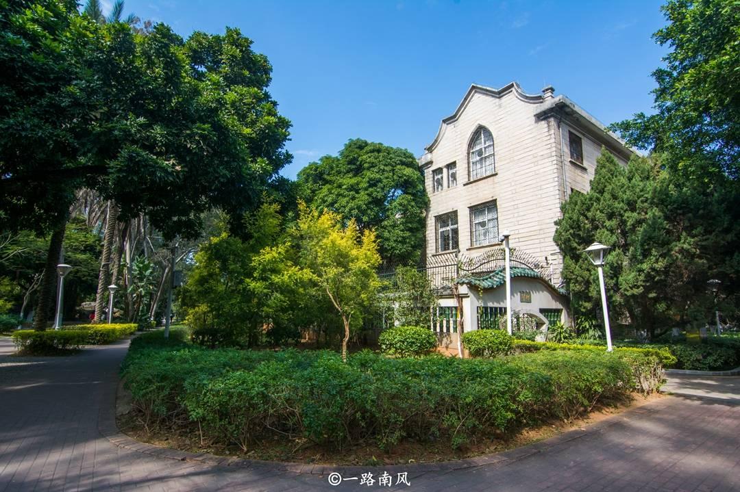 原创             中国最美大学,位于山东和福建,校园比很多风景区都好看