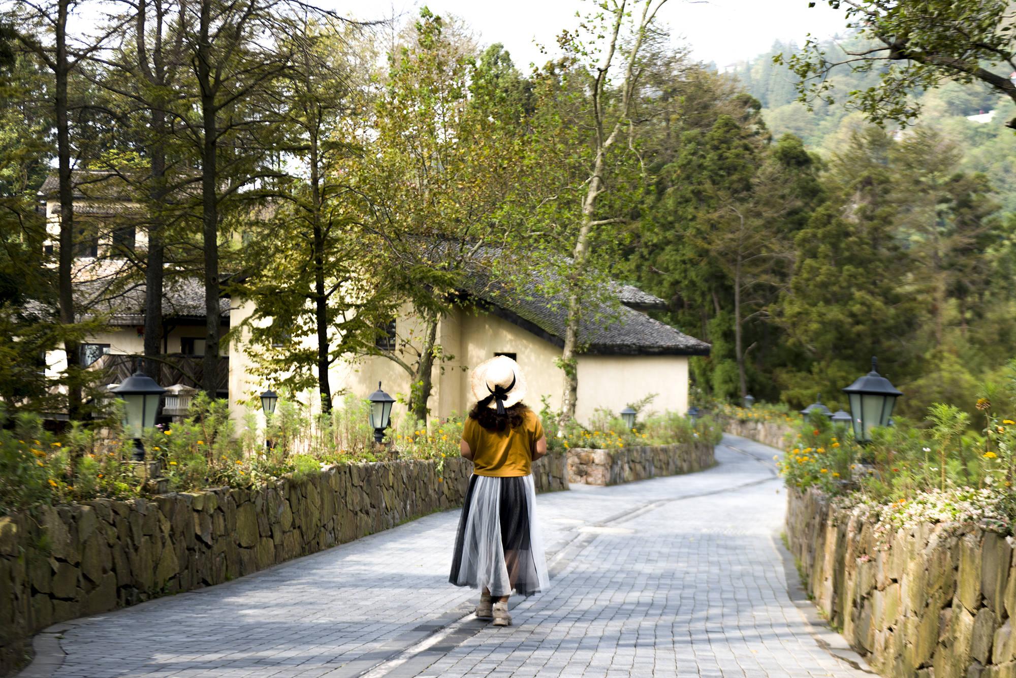 原创             我国四大避暑胜地一个在浙江,昔日的铸剑圣地,今日的别墅天城