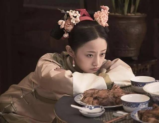 71岁斯琴高娃再演皇太后,《那江烟花那江雨》都有哪些看点?
