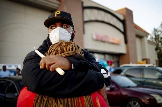 美国人担心之事发生!社会因戴口罩而分裂,比新冠病毒本身还可怕