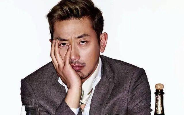 以一人之力曾创韩国电影奇迹,如今接受检方调查仍不服