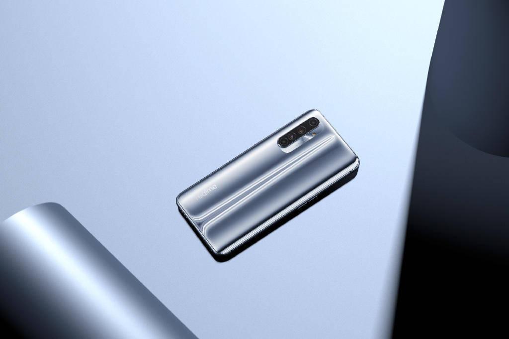 原创             OPPO画风突变?子品牌宣布:奥力给手机!