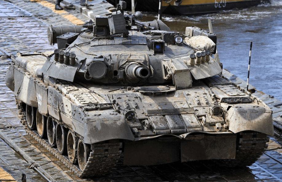 俄军方表示,正在加强北极驻军力量将部署新型坦克