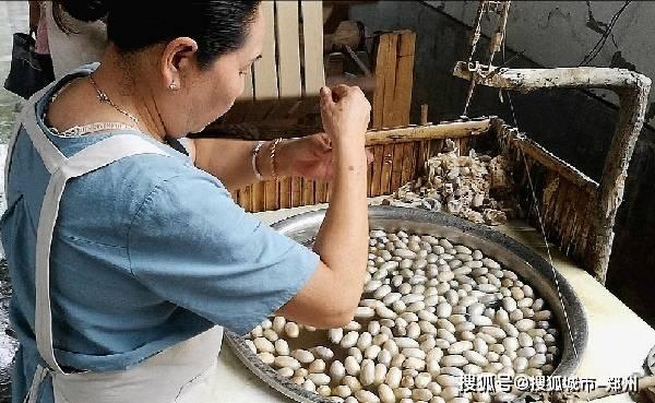 据介绍,鲁山县仙女织工贸有限公司主要