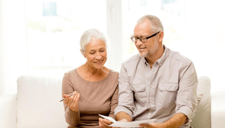 实行农民退休制度引争议?专家:建议65岁农村老人可领取养老金!