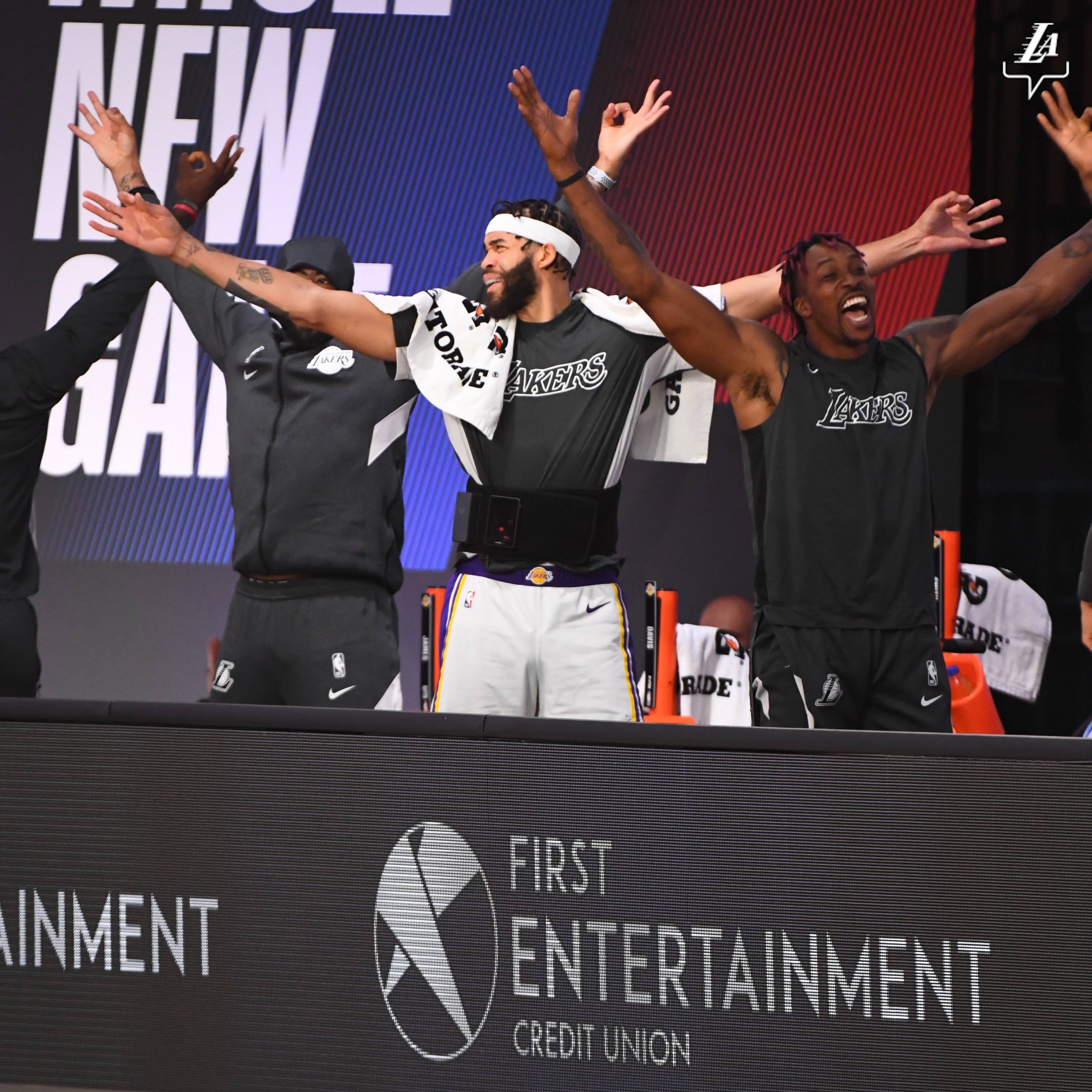 NBA复工前热身赛观察报告 隔离泡泡惊喜与警报并存