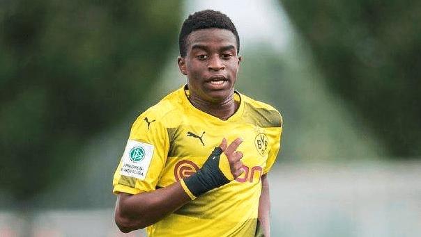 德国U19最顶级攻击手!13岁蜚声海外,16岁就要来踢德甲了_德国新闻_德国中文网