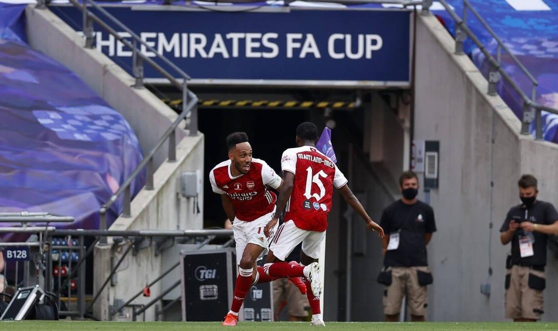 足总杯-奥巴梅扬双响 阿森纳2-1逆转切尔西夺冠