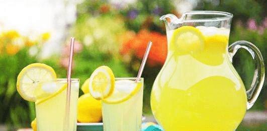 柠檬清水洗不洁净,只需加点它,柠檬洁