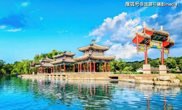 原创            中国著名的古建筑遗址,是现存最大皇家园林,面积是故宫的八倍大