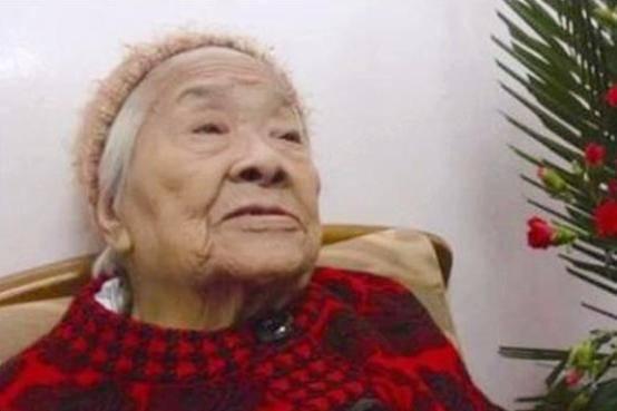 女红军自幼习武,一双铁拳许世友都难挡,一生报国活到103岁!