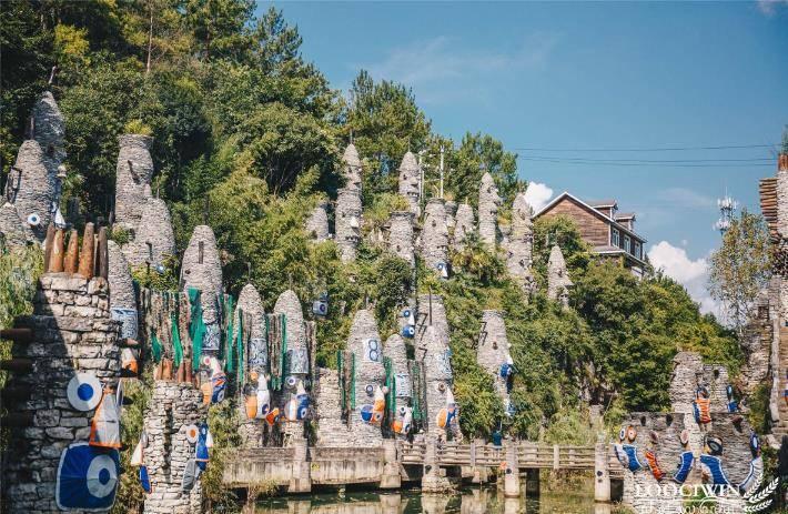 贵州最神秘石头城,用怪石和陶艺,编织一场童话