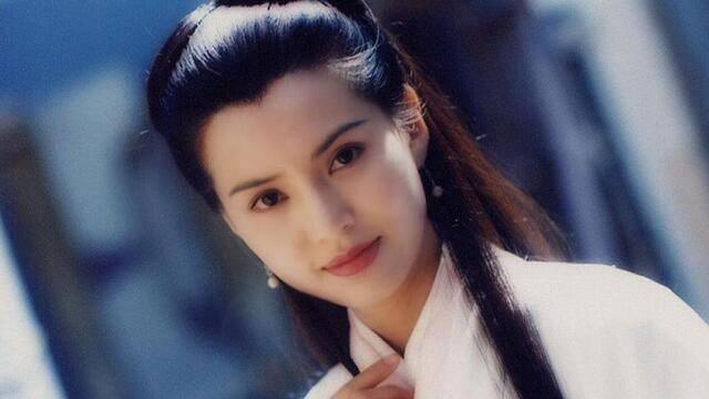李若彤健身照曝光,身材越来越好三十年毫无变化,不愧是神仙姐姐