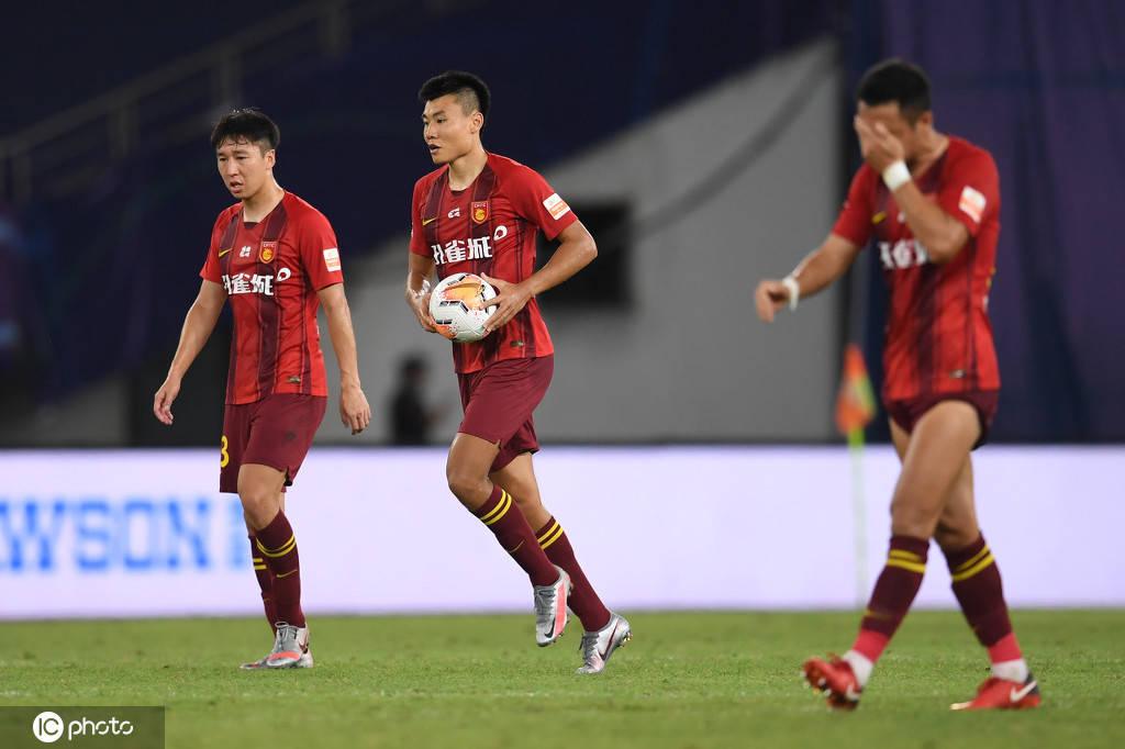 谢峰:国安更强第一个丢球意外 球队攻防需提升