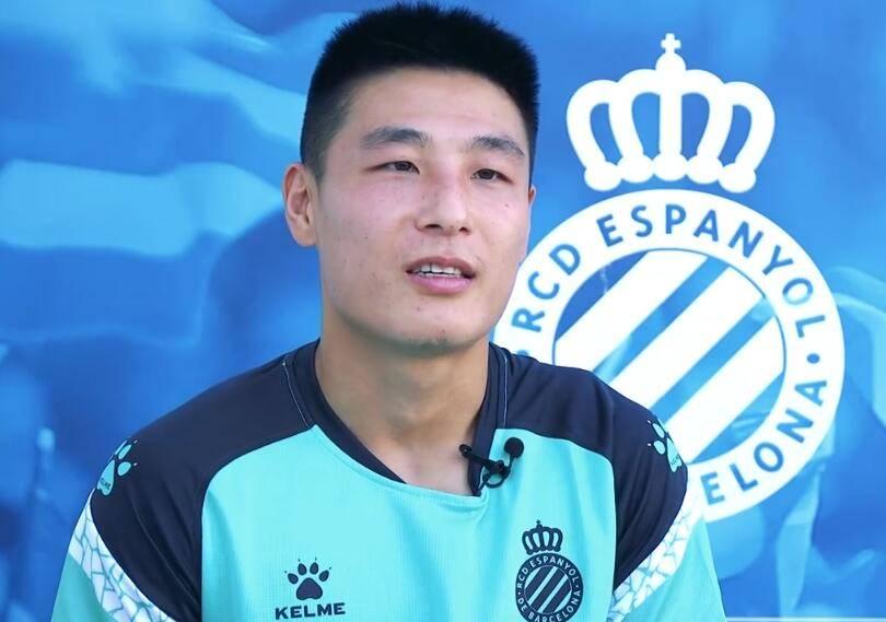武磊:自始至终都坚定地要留队 新赛季要进更多球
