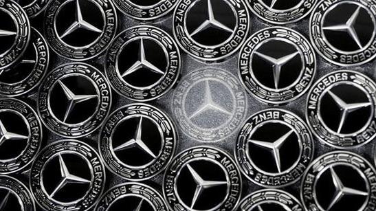 全球第一车企的末日?大规模汽车回召,亏损136亿,无奈裁员3万人