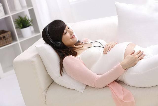 原创孕期胎动反映了胎儿大脑发育情况,有这种表现,说明宝宝智力突出